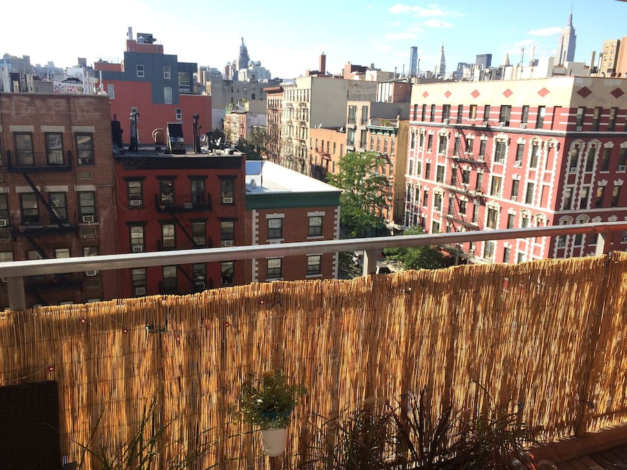 Modern 1br w gorgeous balcony view apartments for rent for New york balcony view