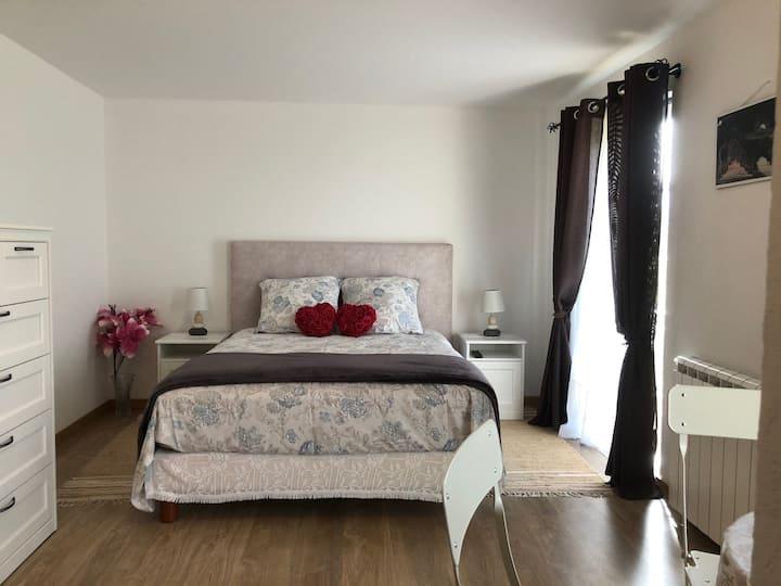 """Domain of Terra Luso, """"Camellia Room"""", Portugal"""