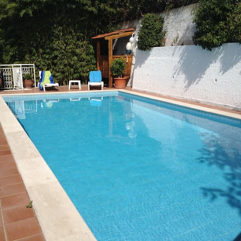 Villa Nunzia, pool, sea view,Rom/Na - Minturno - Hus