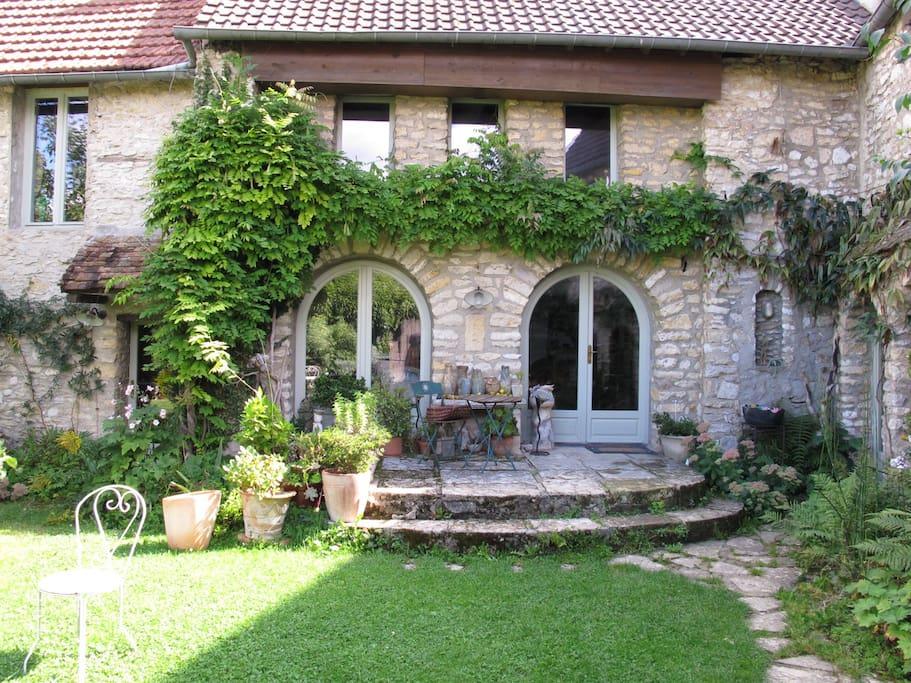 Chambre dans maison de village maisons louer ch rence le de france france - Chambre a louer ile de france ...