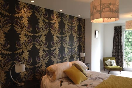 Huge, stunning, double room-house Peckham Rye