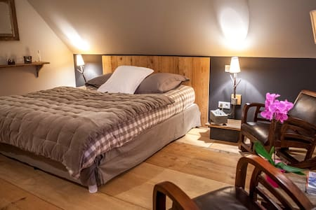 Nid Cigognes // Instant Nature - Ichtratzheim - Bed & Breakfast