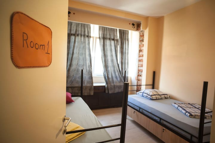 Han Hostel Private Twin Room