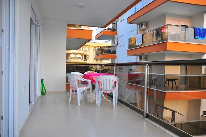 Аппартаменты 5 минут пешком от моря - Avsallar Belediyesi - Flat