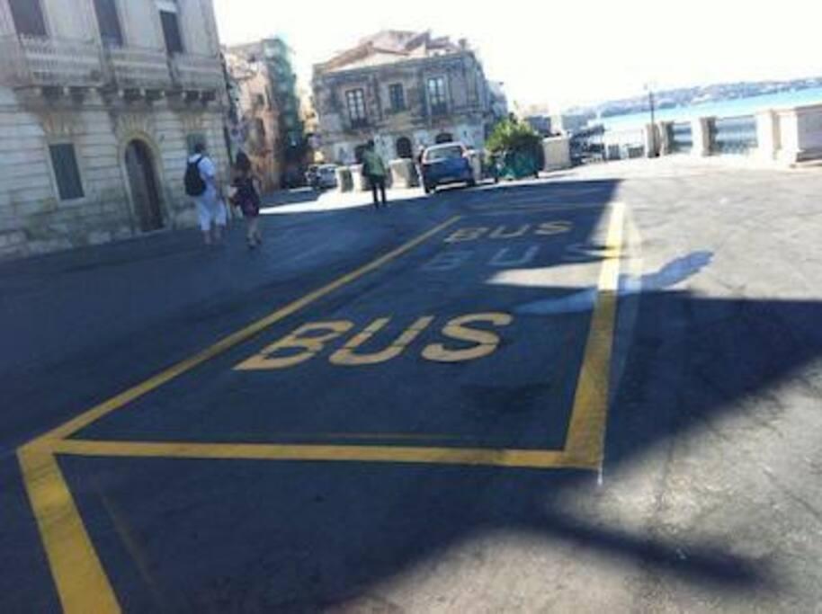 La fermata del Bus della Fonte Aretusa