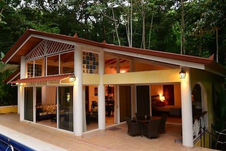 Casa Selva jungle luxury  with pool - Manuel Antonio