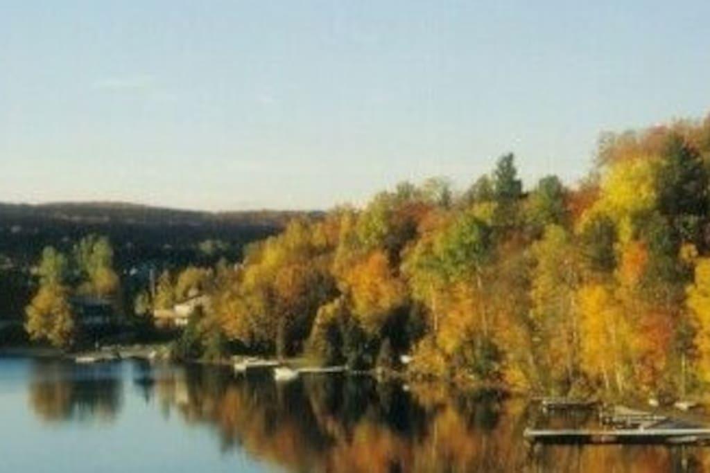 Fall on Peninsula Lake