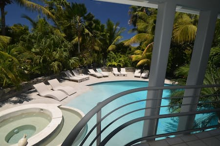 Naturist Master Suite Orient Bay - Orient Bay - Bed & Breakfast