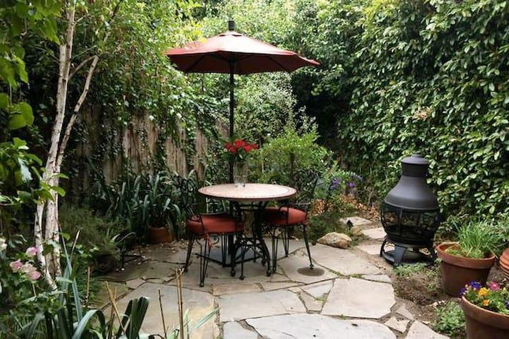 Enchanting Hollywood Garden Suite