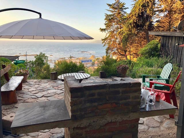 Linda casa con gran vista al mar en Maitencillo