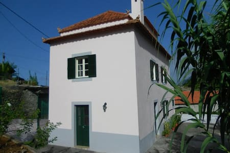 Porto da Cruz holiday cottage - House