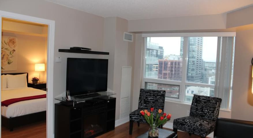 bedroom condos apartments for rent in toronto ontario canada