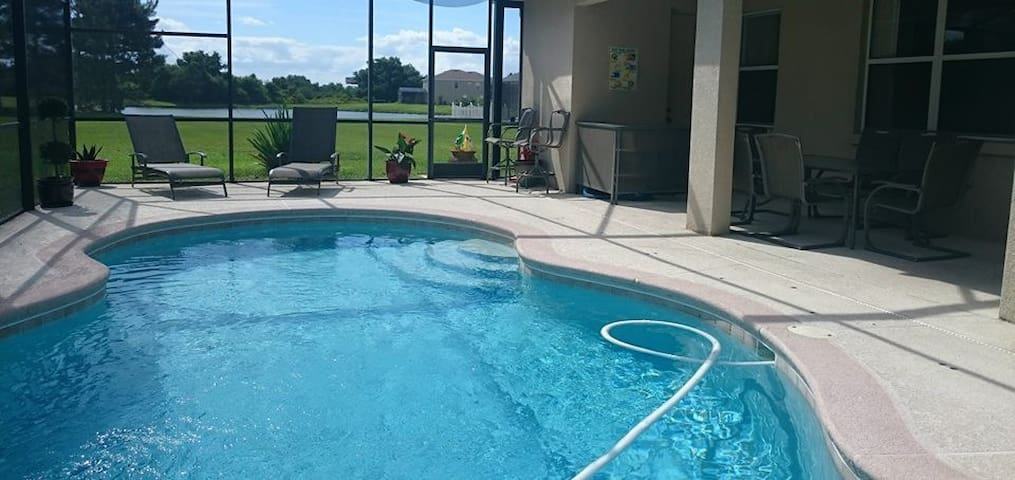 Modern House near all attractions - Kissimmee - Hus