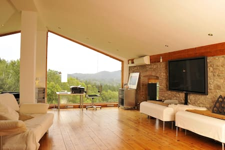 Loft with pool in the Mountains - Arbúcies