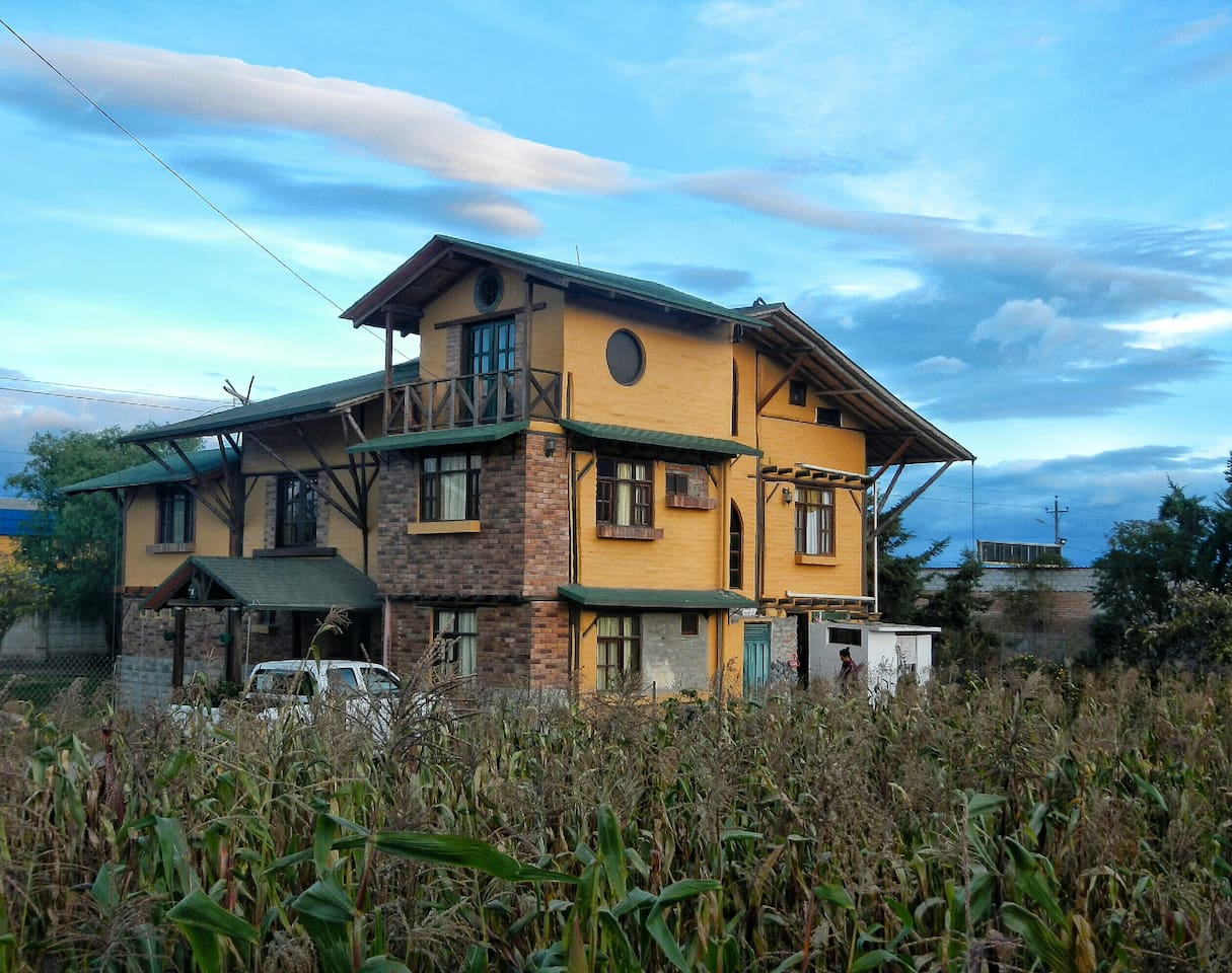 INDELIRA BED AND BREAKFAST