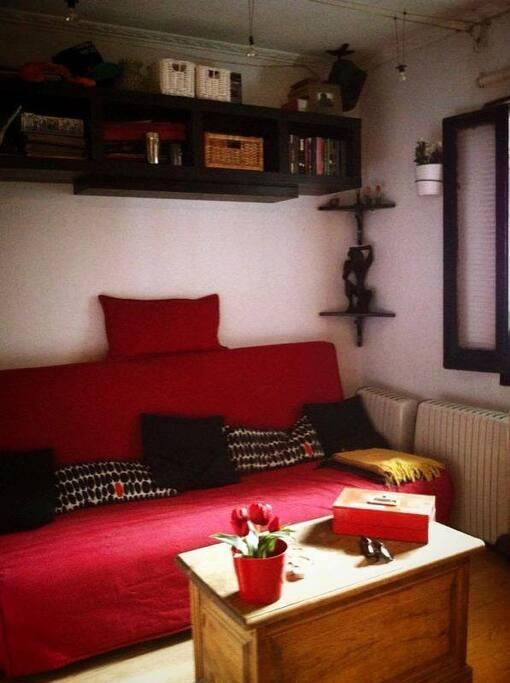 Salón con sofa cama