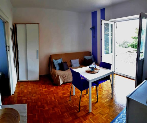 Studio Lavanda: for 2-4 people in Villa Csipak
