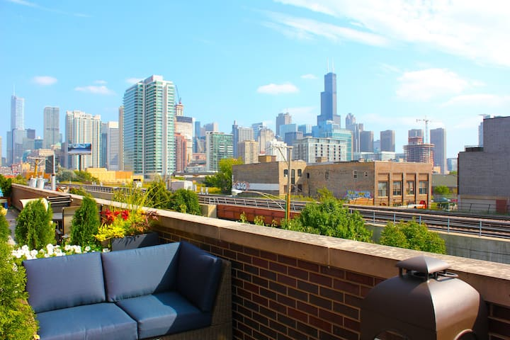 ★SPACIOUS 4-LEVEL TOWNHOUSE★CLOSE TO EVERYTHING★ - Chicago - Maison