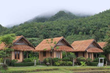 ECO COTTAGE #2 w/breakfast - Tambon Wiang Nuea