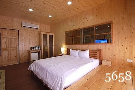 典雅湯池雙人套房 Double Room - Meinong District