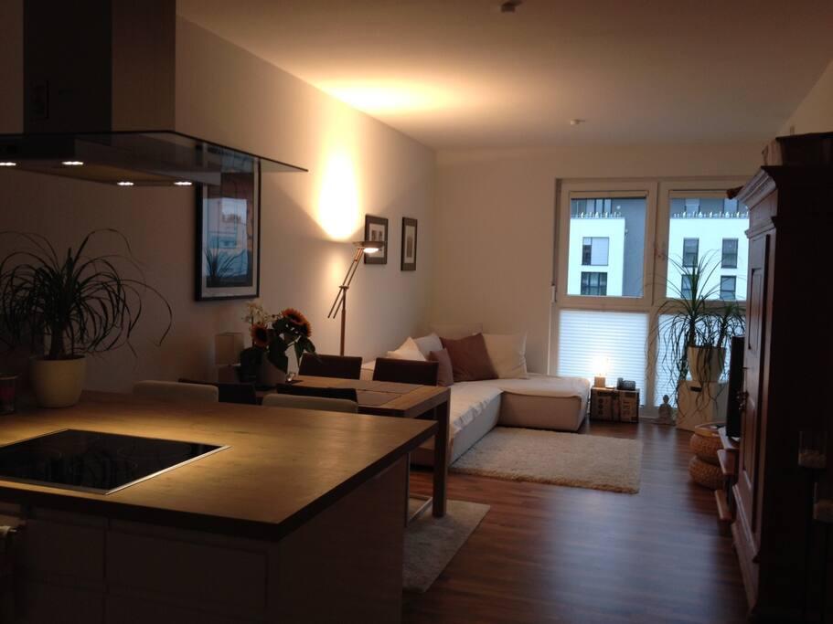 2 zimmerwohnung laufweite zur messe appartamenti in affitto a francoforte hessen germania. Black Bedroom Furniture Sets. Home Design Ideas