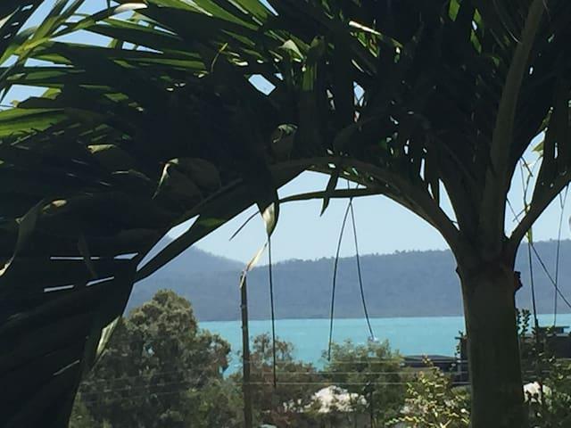 Spacious House, Sea Views, Pool  Sleeps 6
