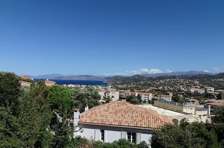 Grand studio vue mer à L'île Rousse - L'Île-Rousse - Daire