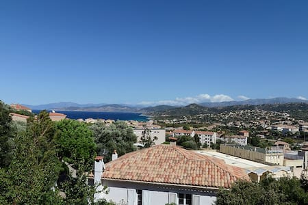 Grand studio vue mer à L'île Rousse - L'Île-Rousse - Apartament