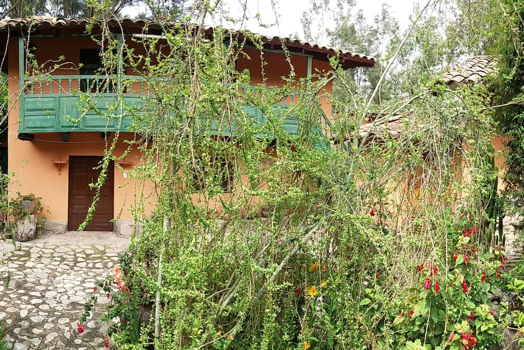 Beautiful & Cozy Traditional Andean Cottage - Sacred Valley Urubamba