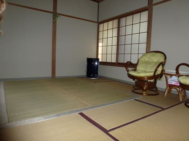 Room in guesthouse  in onsen resort 1.2