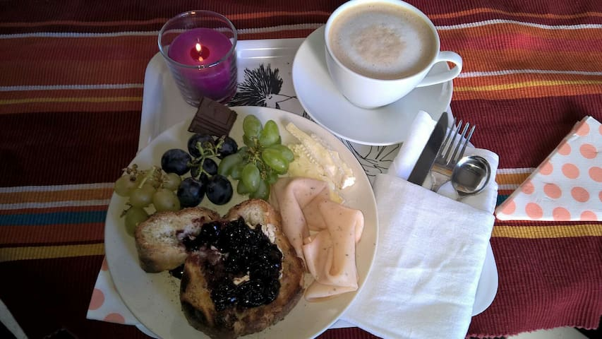 Rent a room at Vinyard VillaPomona - Olevano Romano - ที่พักพร้อมอาหารเช้า