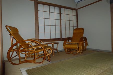 Room in guesthouse  in onsen resort  1.3 - Yonago - Bed & Breakfast