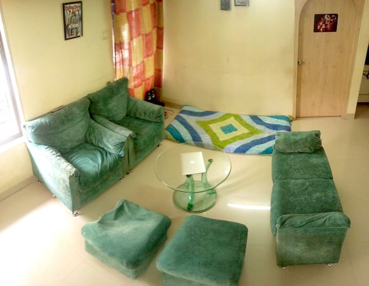 Shared room off Linking Road,Khar W