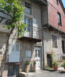 Newly renovated, character house - Najac