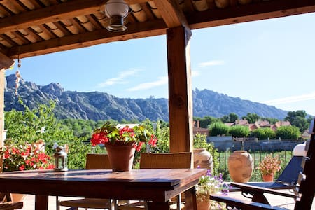 Spacious apartment in Montserrat mountain near BCN