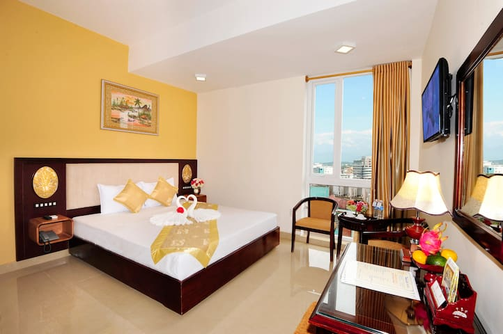 Superior City View near Huong River - tp. Huế - Bed & Breakfast