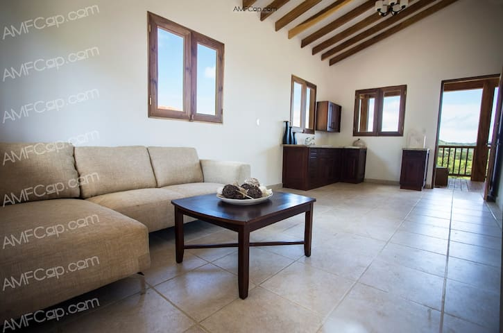 new home with amazing views - Cañas playa venao