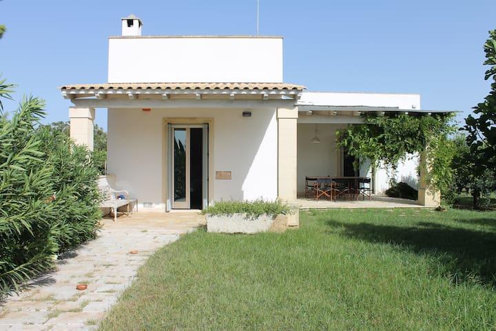 Romantica casa in campagna - Leverano - บ้าน