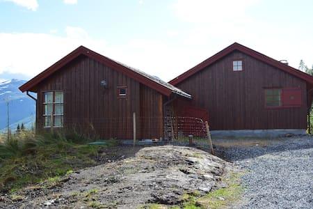 Flott hytte med anneks - Casa de campo