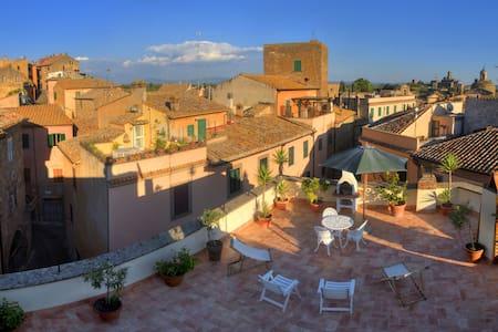"""Casa Vacanze """"La Terrazza"""" - Tuscania"""