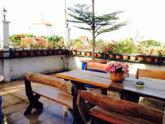 Room in the city. Near kaosarn rd. - Bangkok - Apartemen