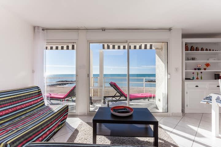 PARADIS SUR MER T3 front de mer accès direct plage