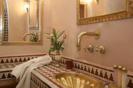 Elegant double bedroom HIBISCUS - Marrakech