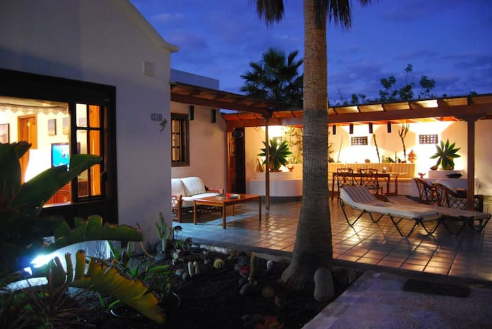 Apartamento y Suite Jardín y playa