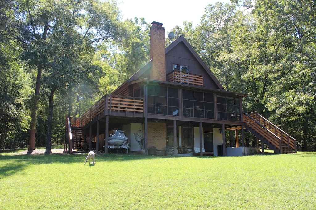 amazing log cabin on lake oconee cabins for rent in