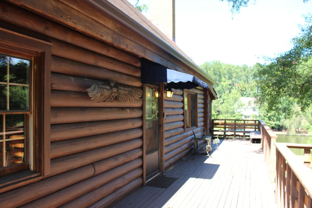 Entrance with large deck - lake view!