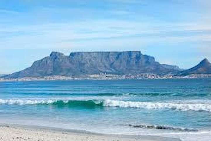 Modern self- catering apartment - Cape Town - Apartment