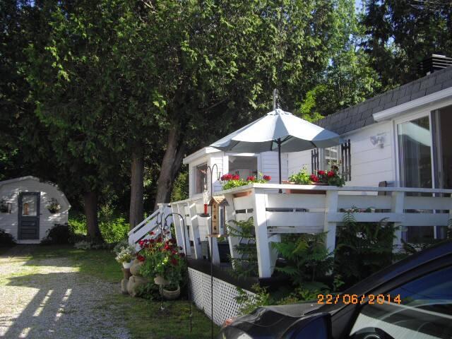 Maison propre à 2 km de Valcourt - Valcourt - Casa