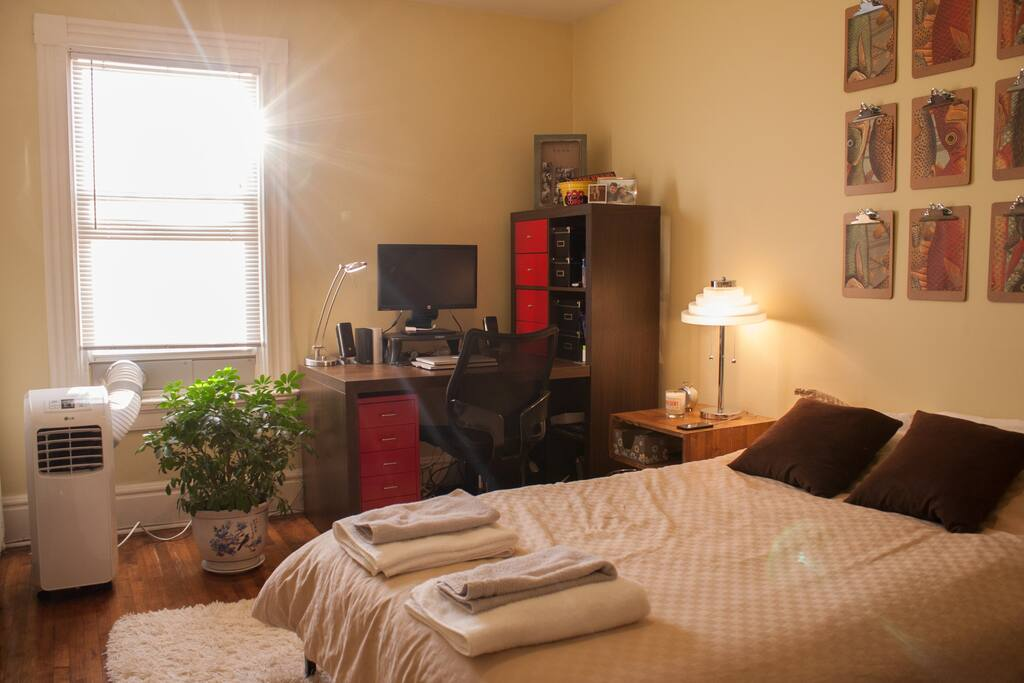 The bedroom! Beautiful afternoon light. A/C for steamy days.