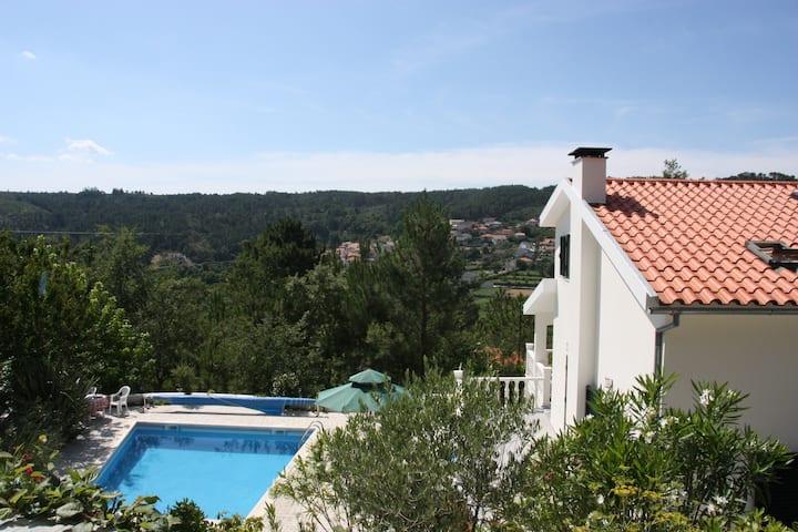 Adembenemend landhuis in Casfreires(pancrasia.net)